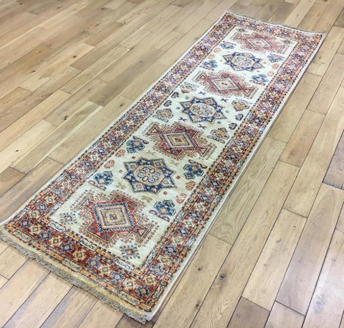 Fine Kazak Oriental Rug Ref 6272