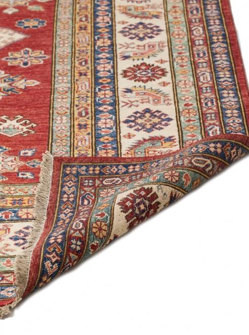 Fine Kazak Oriental Rug – 6428