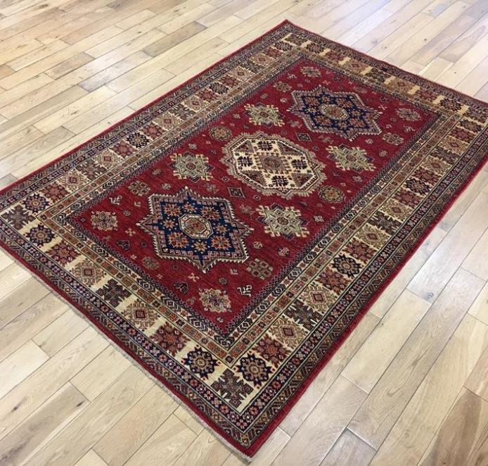 Fine Kazak Oriental Rug Ref 5869